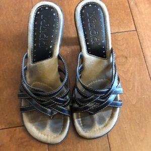 MUDD heels/ sandals